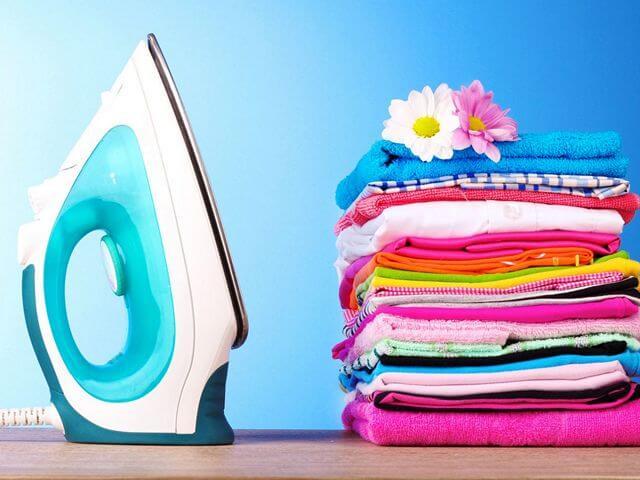 Про утюг: как почистить от накипи и пригара